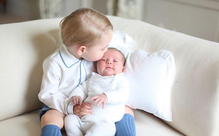 Công khai 10 quy tắc lạ của Hoàng gia Anh về mang thai và sinh nở-7