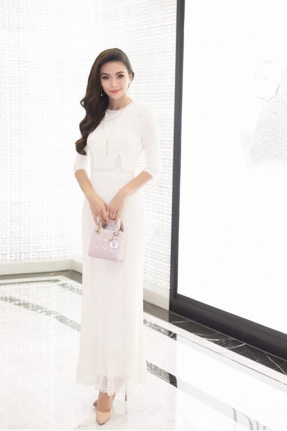 Cứ mỗi lần sánh đôi, Hồ Ngọc Hà - Kim Lý lại chiếm vị trí top sao mặc đẹp nhất tuần-5