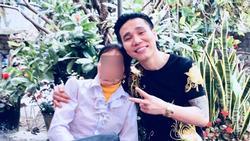 Quản lý và vợ Châu Việt Cường bác tin nam ca sĩ không gửi tiền về quê giúp mẹ: 'Mẹ anh ấy không bình thường'
