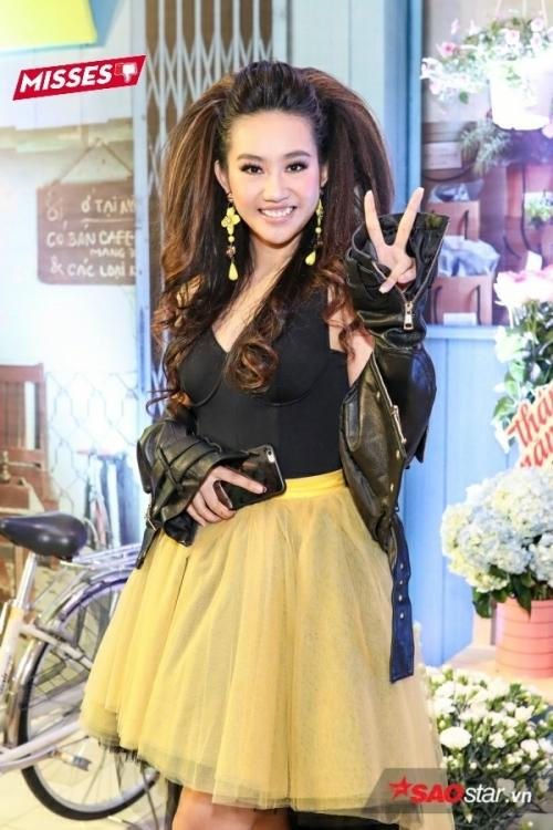 Bảo Anh đánh môi xanh lét - Angela Phương Trinh diện váy mẹ bầu đứng đầu danh sách sao xấu tuần qua-7