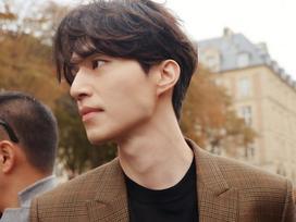 Ngắm nhan sắc và gu thời trang của Lee Dong Wook mới thấy Suzy đang hẹn hò với một... 'cực phẩm'