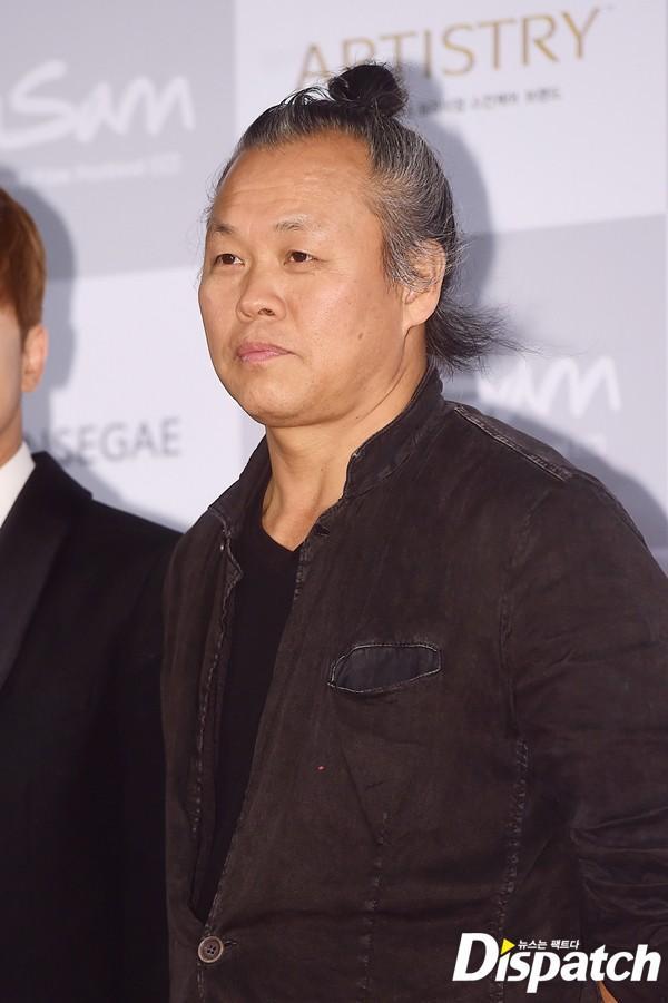 Phim mới của đạo diễn Hàn bị cáo buộc hiếp dâm: Nữ chính bị 5 đàn ông cưỡng hiếp trong 30 phút-1