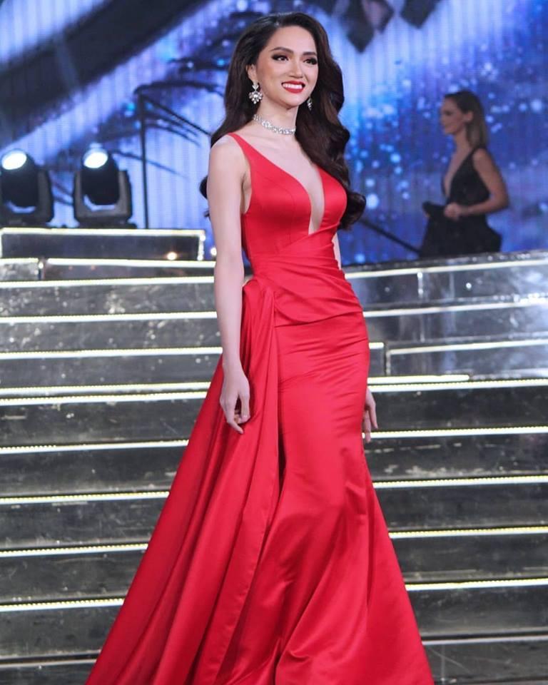 Chiêm ngưỡng top 10 trang phục dạ hội xuất sắc nhất chung kết Hoa hậu Chuyển giới Quốc tế 2018-2