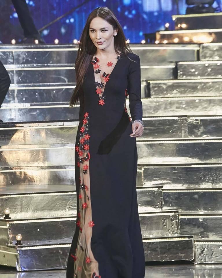 Chiêm ngưỡng top 10 trang phục dạ hội xuất sắc nhất chung kết Hoa hậu Chuyển giới Quốc tế 2018-10