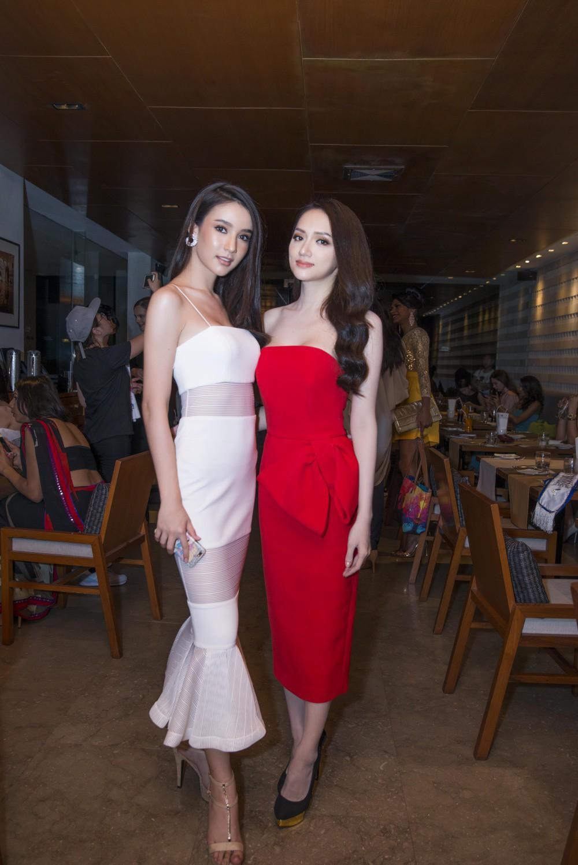 Á Hậu nước chủ nhà Thái Lan Yoshi Rinrada chúc mừng tân hoa hậu Hương Giang Idol-4