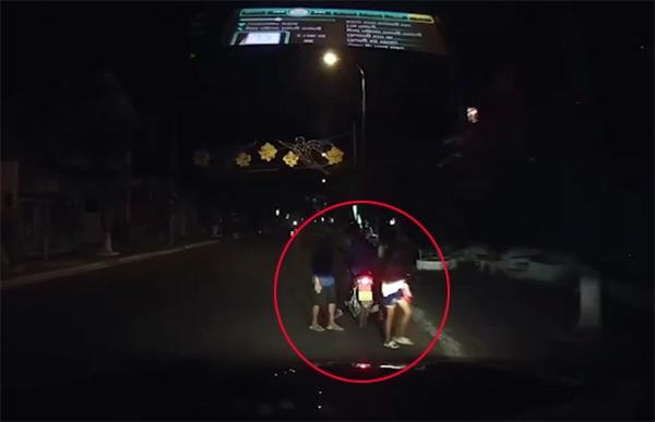 Clip: Chồng nghệ sĩ Hồng Vân cứu bé gái 11 tuổi bán vé số bị kẻ xấu dụ dỗ hút cộng đồng mạng-2