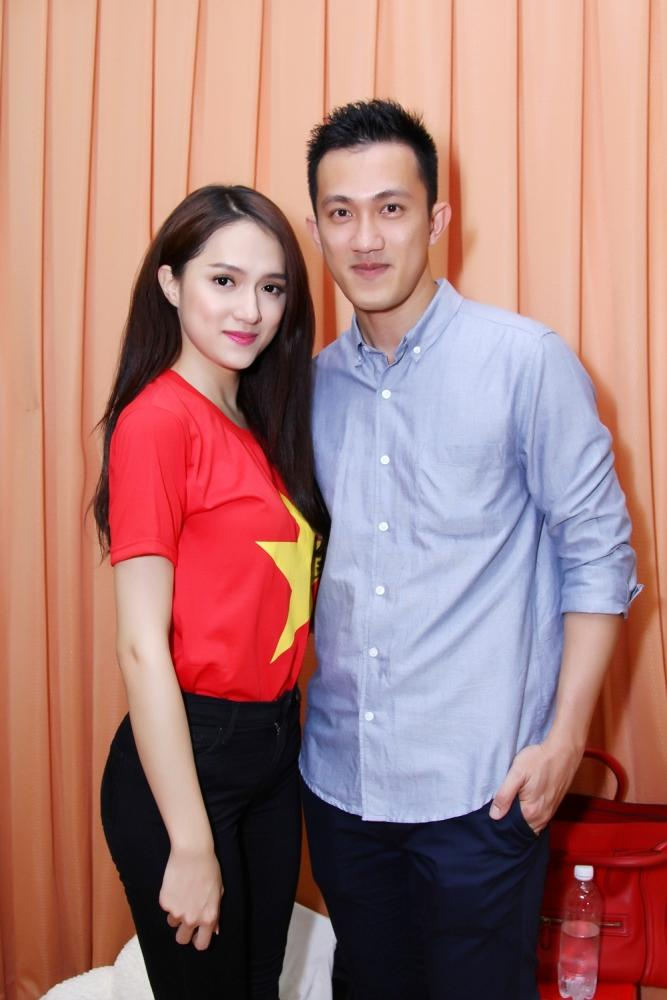 Ngỡ ngàng trước diện mạo có phần xuống sắc của Criss Lai tình cũ của Hoa hậu Hương Giang Idol .