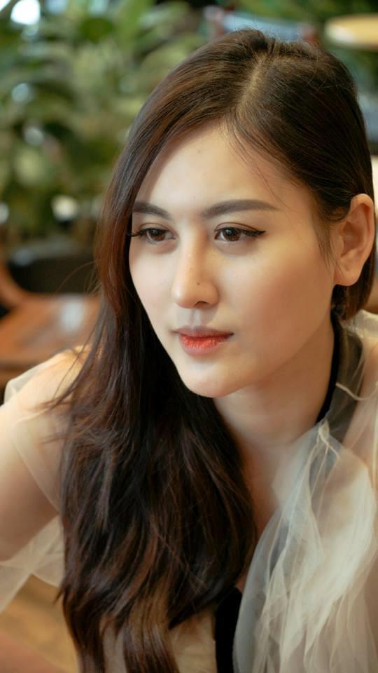 Hà Lade: Mình rất áp lực khi có mẹ là giáo sư ở trường đại học-7