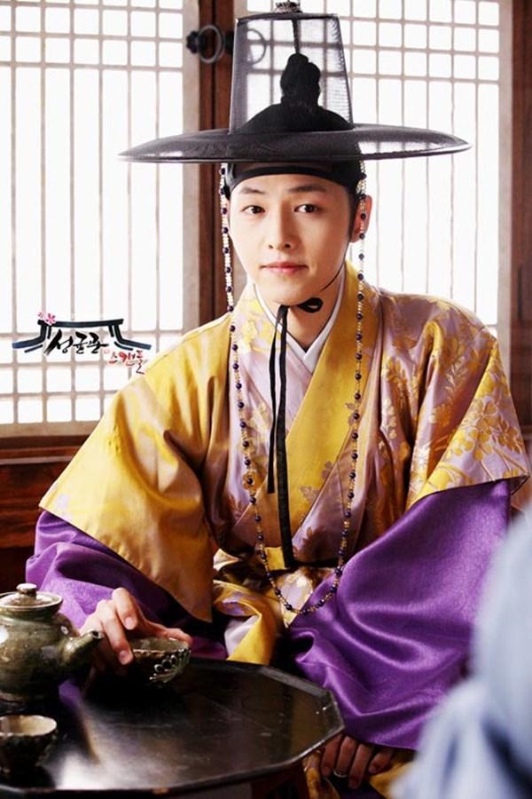 Sao Hàn 12/3: Song Joong Ki lên kế hoạch trở lại sau thời gian dài tận hưởng hôn nhân-1