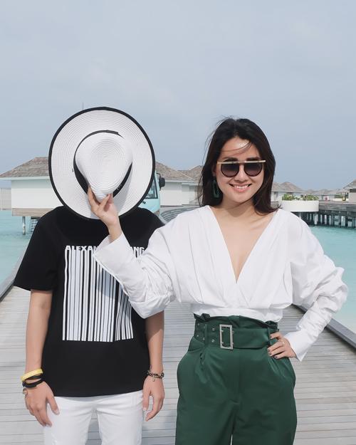 Kỳ nghỉ ở Maldives nắng ấm của đôi bạn thân Quỳnh Chi và Thuỳ Dung-4