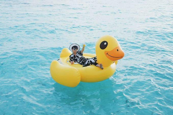 Kỳ nghỉ ở Maldives nắng ấm của đôi bạn thân Quỳnh Chi và Thuỳ Dung-5