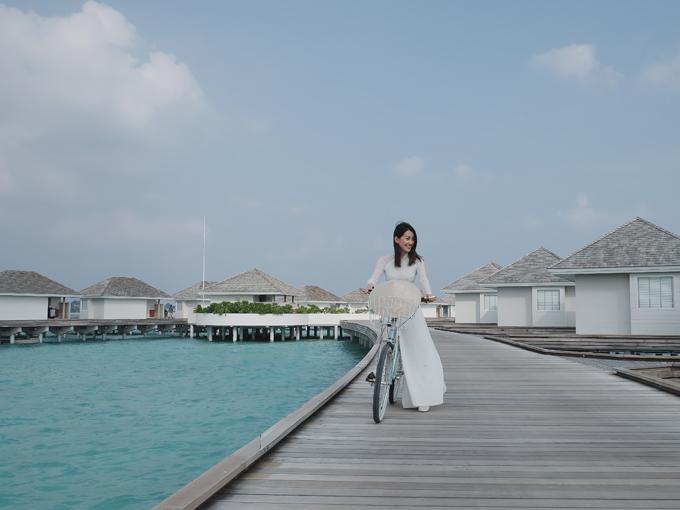 Kỳ nghỉ ở Maldives nắng ấm của đôi bạn thân Quỳnh Chi và Thuỳ Dung-9