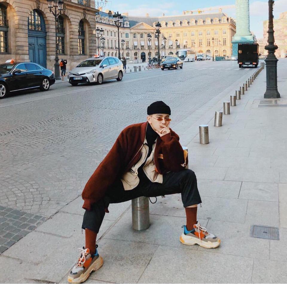 Huyền Baby - Thúy Vi khoe vòng 1 bốc lửa nổi bật nhất street style giới trẻ tuần qua-1