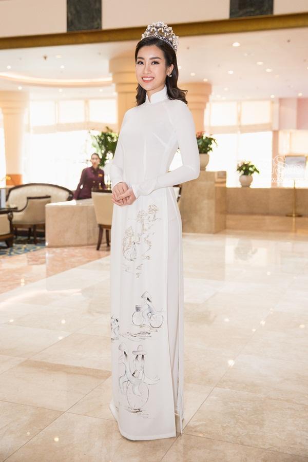 Dàn hoa hậu, á hậu Việt Nam đọ sắc tại sự kiện công bố cuộc thi Hoa hậu Việt Nam 2018-4
