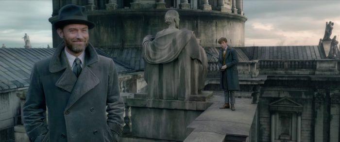 Lộ dung mạo thời trẻ của thầy Dumbledore trong phim tiền truyện Harry Potter-2