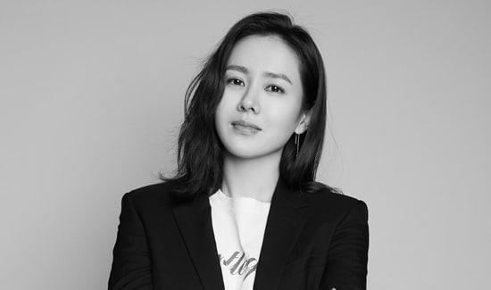 Sao Hàn 14/3: Son Ye Jin lên tiếng về phong trào tố cáo nạn quấy rối tình dục-1