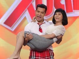 Quên Kiều Minh Tuấn, Cát Phượng bất ngờ 'gạ gẫm' trai trẻ Trương Thế Vinh ngay trên sóng truyền hình