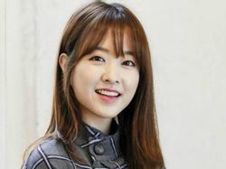 Sao Hàn 17/3: Park Bo Young 'dằn mặt' những bình luận ác ý và quấy rối tình dục