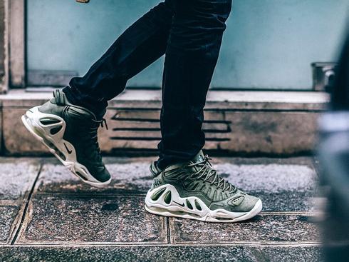9 mẫu sneaker ấn tượng tại tuần lễ thời trang 2018