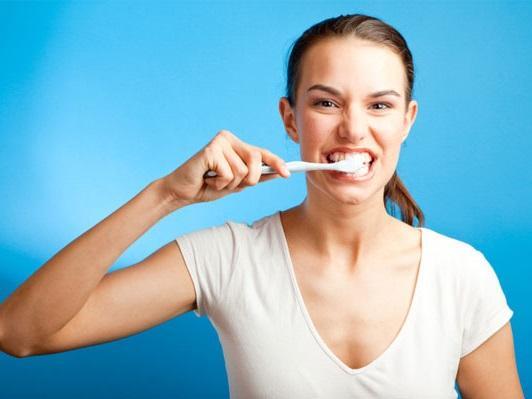 Điều gì xảy ra nếu bạn không bao giờ đánh răng?