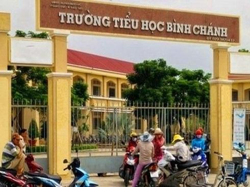 Vụ 'phụ huynh ép cô giáo quỳ': Hội trưởng hội phụ huynh bị hăm dọa