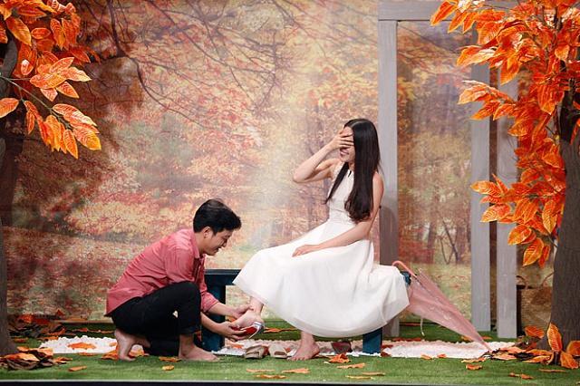 """Trường Giang và Nam Em """"tình bể bình"""" trên sóng truyền hình"""