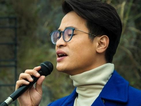 Hà Anh Tuấn trọn vẹn cảm xúc khi cover 'Đi đâu để thấy hoa bay'