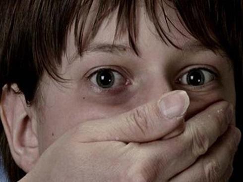Điều tra vụ bé trai 13 tuổi ở Hà Nội khai bị kẻ lạ chích ma túy và lạm dụng tình dục