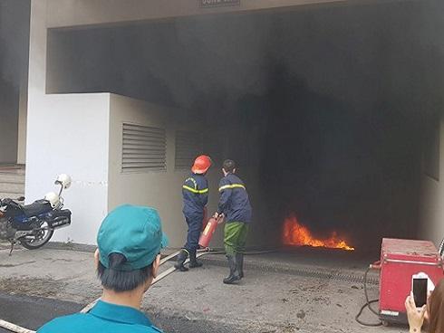 Tòa nhà Carina tiếp tục phát hỏa