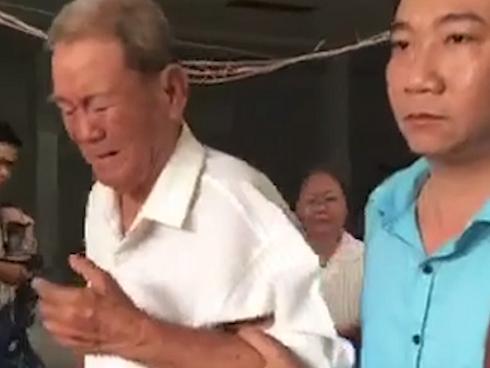 Vụ cháy chung cư Carina: Người thân khóc đưa chủ tịch phường Nguyễn Thái Bình