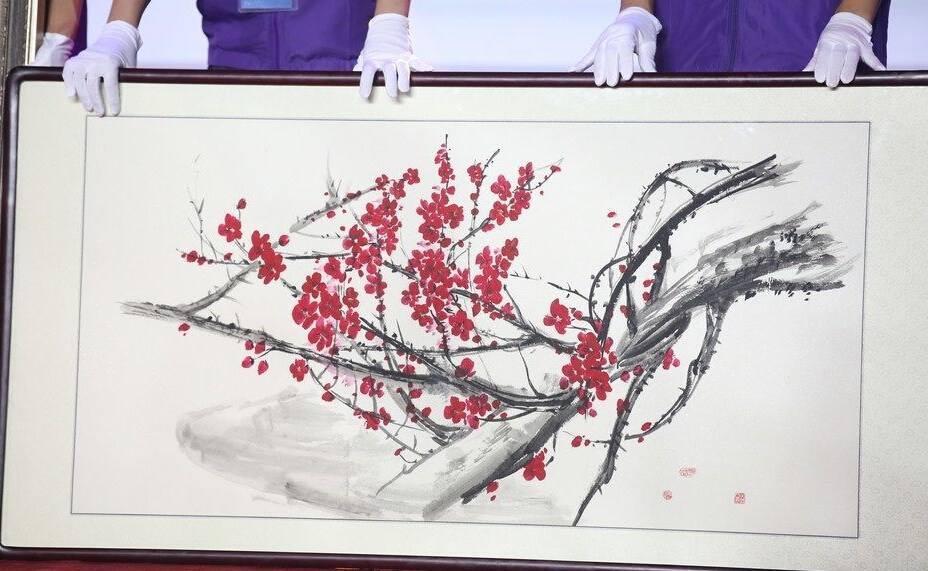 Mỹ nhân thị phi nhất showbiz Hoa ngữ, Lý Mạc Sầu Trương Hinh Dư không ngờ vẽ tranh lại mê hồn đến thế!-11