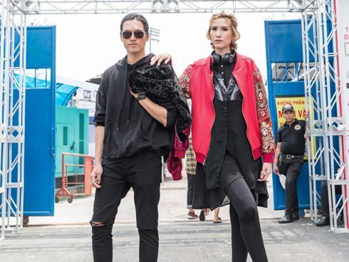 Cặp người mẫu 'nổi loạn' tại Lễ hội âm thanh Prosound 2018