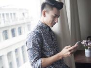 9 cách nhắn tin để khiến người đàn ông không quan tâm đến bạn bỗng dưng thay đổi thái độ