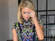 Choáng! Paris Hilton xuýt làm mất nhẫn đính hôn 2 triệu USD ở câu lạc bộ đêm