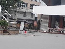 Thiếu nữ khoảng 20 tuổi tử vong, nghi rơi từ tầng 6 Đại học Xây dựng
