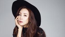 'Người đẹp khóc' Choi Ji Woo bí mật lấy chồng ở tuổi 43