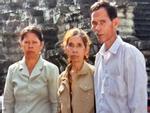 Liệt sĩ dắt đàn con nheo nhóc từ Campuchia trở về sau 20 năm 'hy sinh'