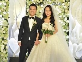 Tiệc cưới lãng mạn của Khắc Việt và vợ DJ