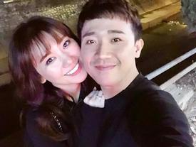 Tin sao Việt: Trấn Thành và Hari Won 'tình bể bình' bên nhau khi Đà Lạt về đêm