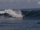 Video tay đua người Úc lái xe trên đầu ngọn sóng cực ngầu