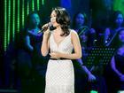 Mỹ Tâm xúc động khi lần đầu hát live nhạc phim 'Tháng năm rực rỡ'