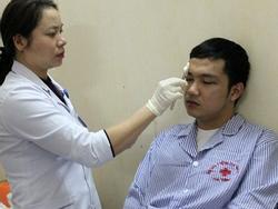 Bác sĩ và thực tập sinh bị đánh bất tỉnh