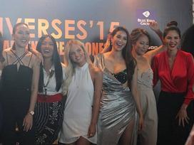 Hội ngộ dàn mỹ nhân cùng thi Miss Universe 2015, Phạm Hương rạng rỡ không chịu nhường phần