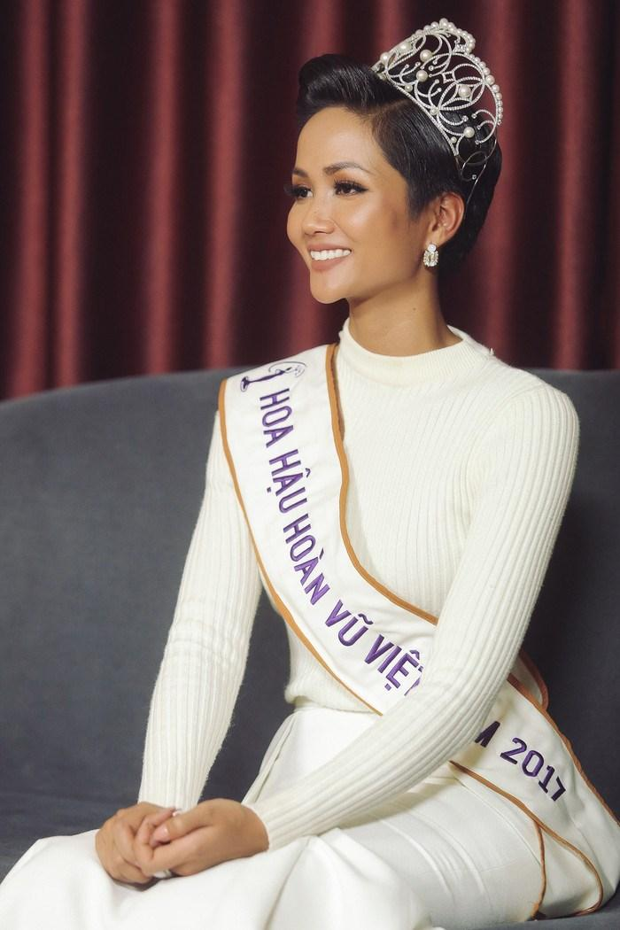 Hoa hậu H'Hen Niê được chuyên gia sắc đẹp dự đoán lọt vào top 5 Miss Universe 2018