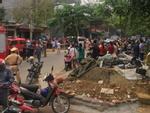Lào Cai: Sập taluy khi đào móng nhà, ít nhất 3 người chết