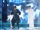 Bùi Anh Tuấn và NTK Tăng Thành Công mặc pijama hát 'Người hãy quên em đi'