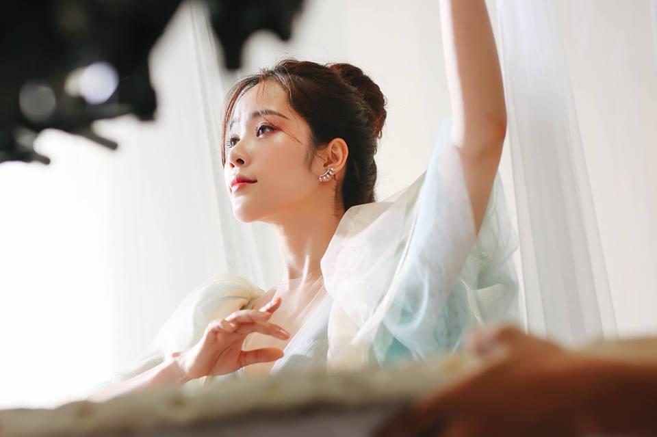 Nam Em không dám sinh con sau scandal tình ái Trường Giang