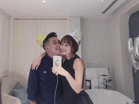 Hot girl - hot boy Việt: Đăng ảnh 'tình bể bình' bên Phở, SunHt phân trần 'Trà đổ vào sữa hay sữa đổ vào trà'