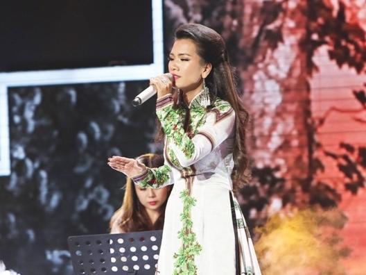 Quang Lê thốt lên 'quá hay' khi học trò Như Quỳnh cất giọng hát