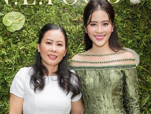 Mẹ Nam Em: 'Trường Giang từng ăn dầm nằm dề đòi cưới con gái tôi'